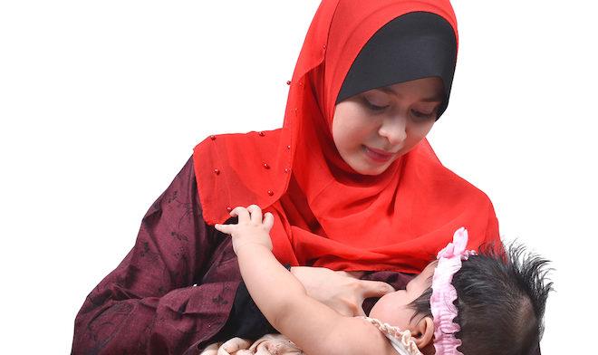 Tips Menyusukan Bayi Selepas Bersalin dan Yang Amat Penting